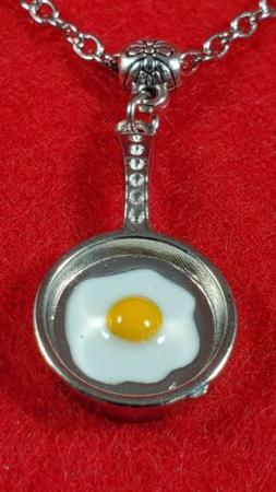 FRYING PAN AND EGG STYLISH NECKLACE JEWELRY GIFT for WAITRES