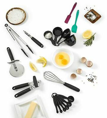 17 piece cooking and baking gadget set