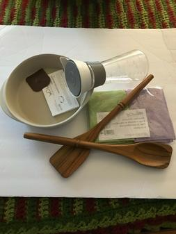 PAMPERED CHEF MIX & POUR, TEAK SPOONS, MINI BAKER, MICROFIBE